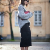 slouchy-gray-sweater-black-midi