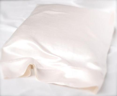 100_Silk_Pillow_Case_grande